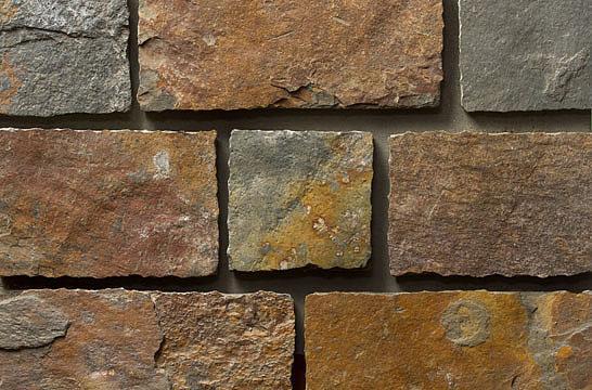 Liuskekivi Castle Rock Rustic