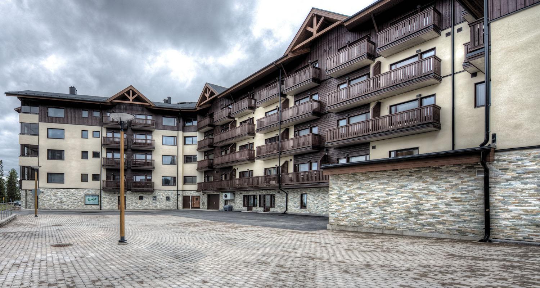 Hotelli Ruka Village, Ruka - Himalaya Sand kivet julkisivun verhoilussa